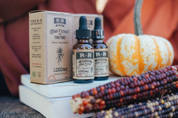 r-r-medicinals-unsplash-tinctures and foods